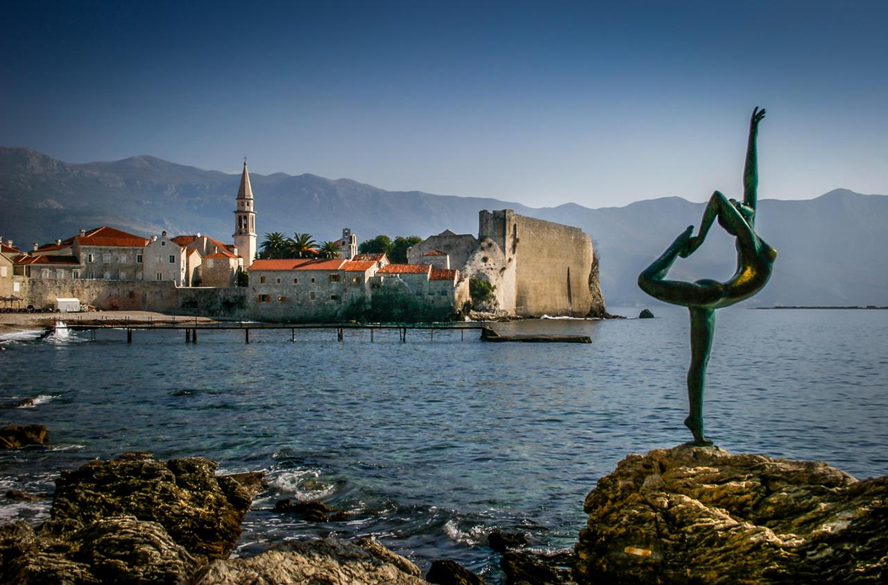 budva-old-town-visit-montenegro